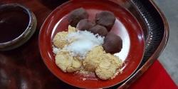 白砂糖のきなことこし餡の「安倍川餅」